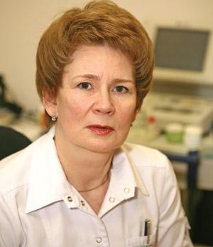 Врач-офтальмолог Ольга Констан тиновна ШМАНДИНА.  Закончила КГМИ в 1980 году. Выполнила более пятнадцати тысяч операций по поводу  катаракты. В 1998 году, одна из первых в Красноярском крае, освоила метод факоэмульсификации катаракты. Владеет технологией хирургического лечения различных  видов катаракты с имплантацией  искусственных хрусталиков  ведущих зарубежных фирм.