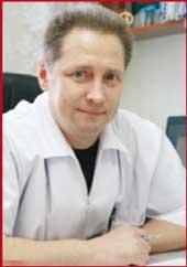 Михаил  Гаврилович  ЕКИМОВ, зав. отделением, врач травматолог-ортопед высш. категории. Стаж работы более 20 лет