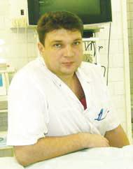 Травматолог-ортопед Денис Баркаревич