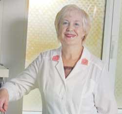 ГОЛУБЕВА  Антонина Григорьевна Заведующая гинекологическим отделением, врач акушер-гинеколог высшей категории, Заслуженный врач России