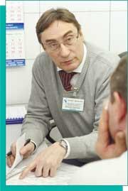 Виталий Олегович Торопов, ведущий офтальмохирург центра коррекции зрения «ОКУЛЮС»