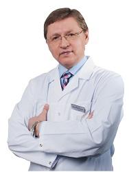 главный врач и учредитель стоматологической клиники «ВОКА», центра эстетической медицины «Реновацио», профессор, доктор медицинских наук Виктор Васильевич Парилов