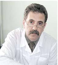 Валерий Викторович ГАРЬКАВЕНКО, врач-офтальмолог высшей категории, кандидат медицинских наук, ведущий глаукомолог ЦКЗ «ОКУЛЮС»