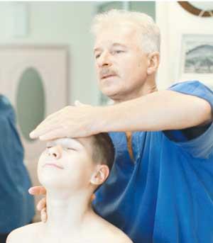 Лечение заболеваний детского позвоночника, клиника доктора Савяка, Красноярск