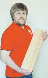 Юрий САВИН, изобретатель уникальной системы «ДАР-ГОРА» и многофункционального атрибута «ДУБИНУШКА», создатель защитной кедровой «БИОМАСКИ»